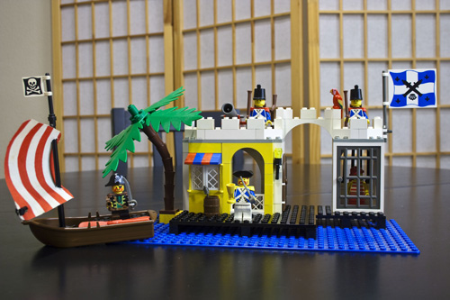 LEGO Lagoon Lock-Up