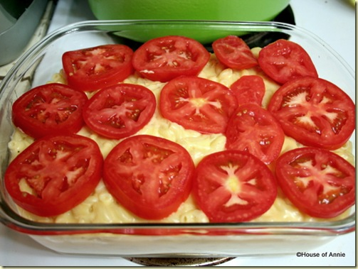 tomatoes on mac and cheese