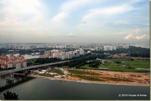 east coast parkway and the marina golf course from the singapore flyer