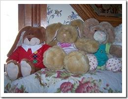 tn_2009-04-12 Easter Rabbits_edited-1