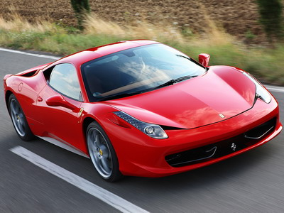 Ferrari updates a model lineup