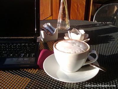 Un capuchino, en el Café Murada, de dueños italianos