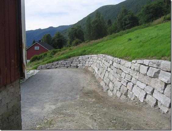 Mur, Helge Ressem. Sommaren 2006 012
