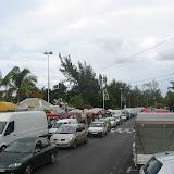 Mega-Stau am Ende des Markts