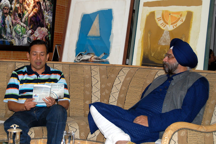 "Roopinder Singh in conversation with Sachit Jain, author of ""Ready for Takeoff"", at Art Folio, Chandigarh on November 17, 2010."