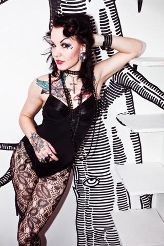 [Alice_Terroraz_beautiful tattooed women [4].jpg]