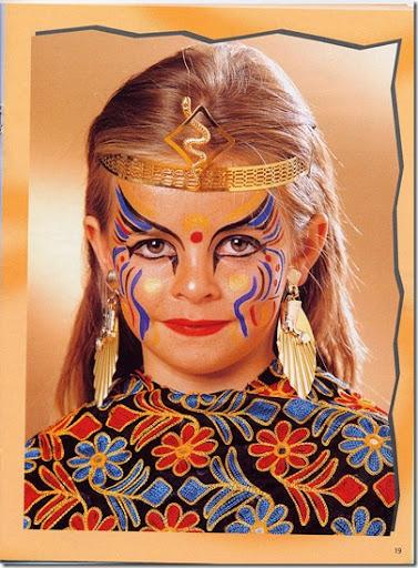 Como hacer un maquillaje infantil de Cleopatra | Trato o truco