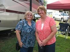Karen and Lynette [800x600]