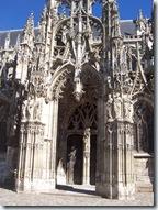 2010.08.20-008 porche de l'église Notre-Dame
