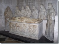 2010.09.07-003 sépulcre dans l'église Saint-Jean