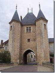 2010.09.07-018 porte de Joigny