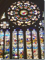 2010.09.05-035 vitraux de la cathédrale