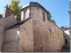 2010.09.05-003 vestige de la tour d'angle de l'enceinte gallo-romaine