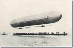 0702 premier vol du dirigeable Zeppelin