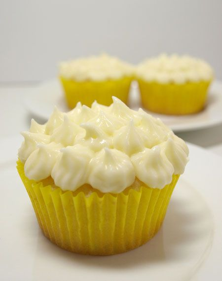 Recipe: Lemon cupcakes with Cream Cheese Icing