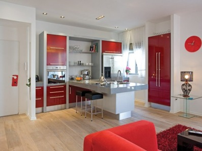 red-white-apartment-decor-5-554x408