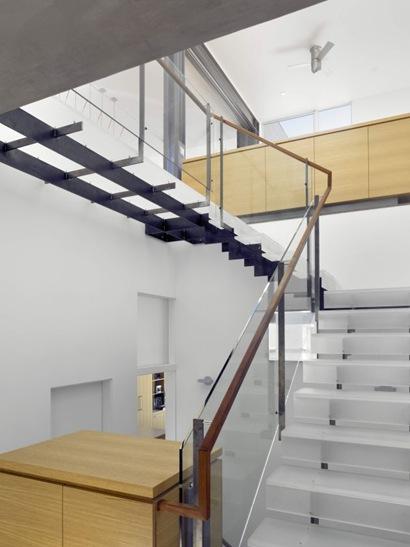 Escada45