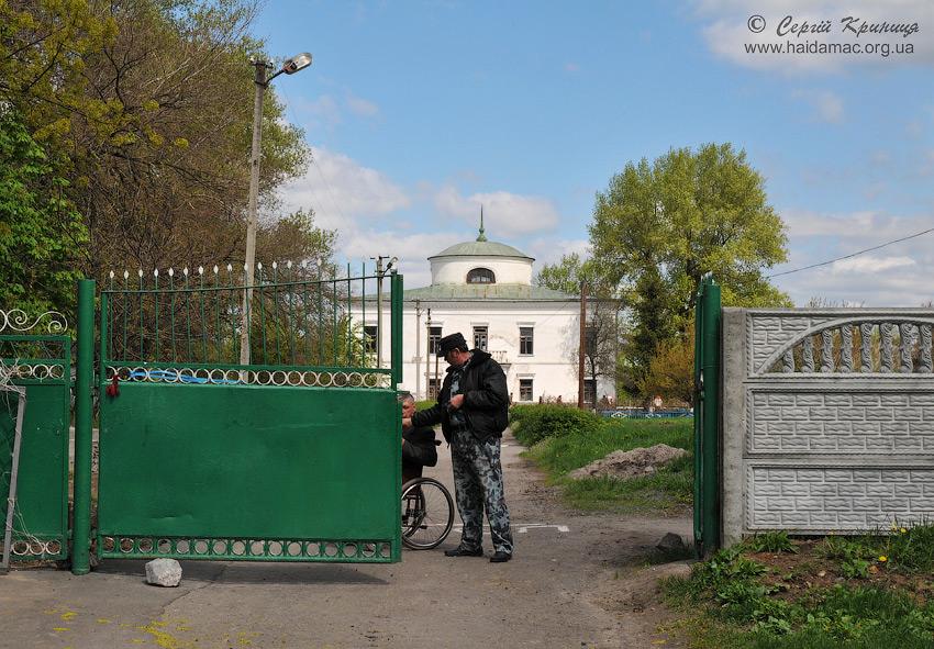 ворота садиби у Вишняках