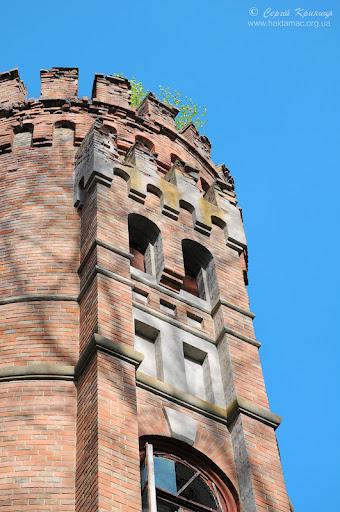 башта палацу Даховських