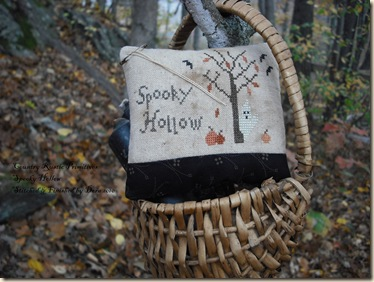 Country_Rustic_Primitives-Spooky_Hollow