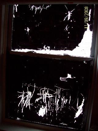 [window[2].jpg]