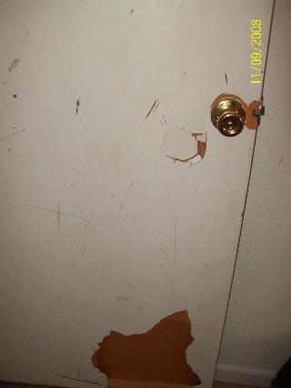 [Boy's door[2].jpg]