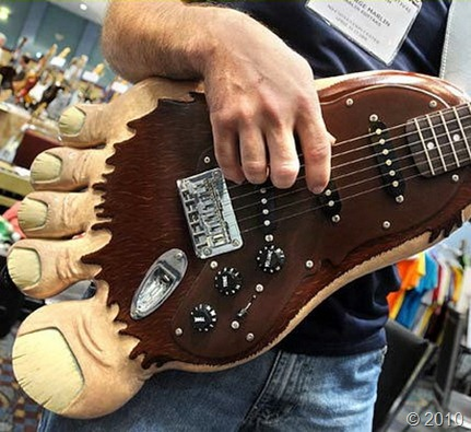 big-foot-guitar