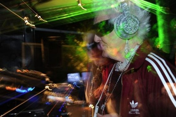 Ruth Flowers - The Oldest Dj in the World 03