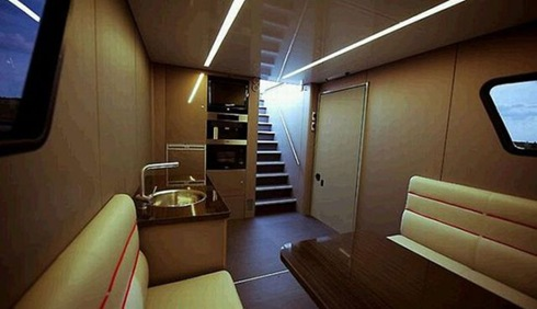 Futuria - yacht_on_wheels 11