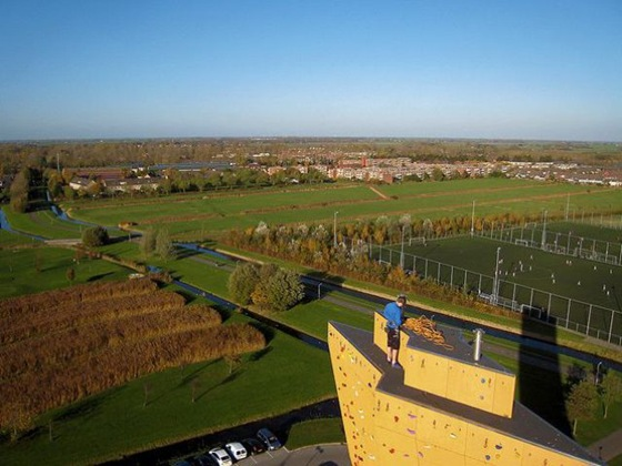 worlds_tallest_climbing_wall_15