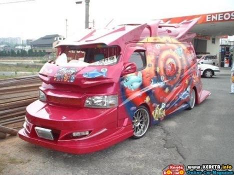 Strange Japanese Custom Vans 17