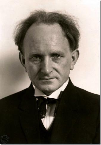 August Sander - autorretrato 1925
