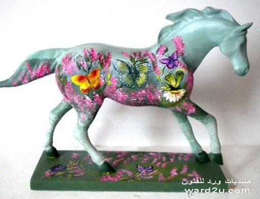 الحصان يحمل فن فى تماثيل ولوحات