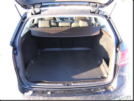 Lastutrymme Barnvagn nya Volkswagen Passat 2011 TDI Masters BlueMotion