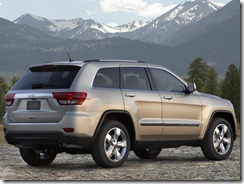 Jeep-Grand_Cherokee_2011_800x600_wallpaper_12