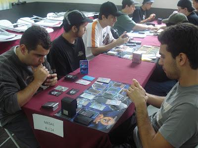 Resultados e fotos 13º TORNEIO OFICIAL HOTYUGIOH 23/11/08 DSC02991