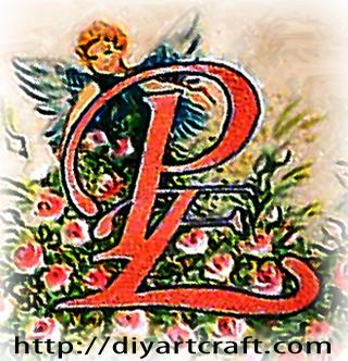 Lettere Iniziali PE Stilizzate Dipinte Su Carta Pergamena Tattoo