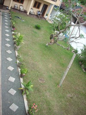 drifters hotel narigama hikkaduwa sri lanka verandah porch