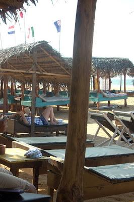 drifters hotel narigama hikkaduwa sri lanka people lying on the beach beds