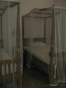 tissa wewa tissawewa grand resthouse rest house hotel anuradhapura sri lanka