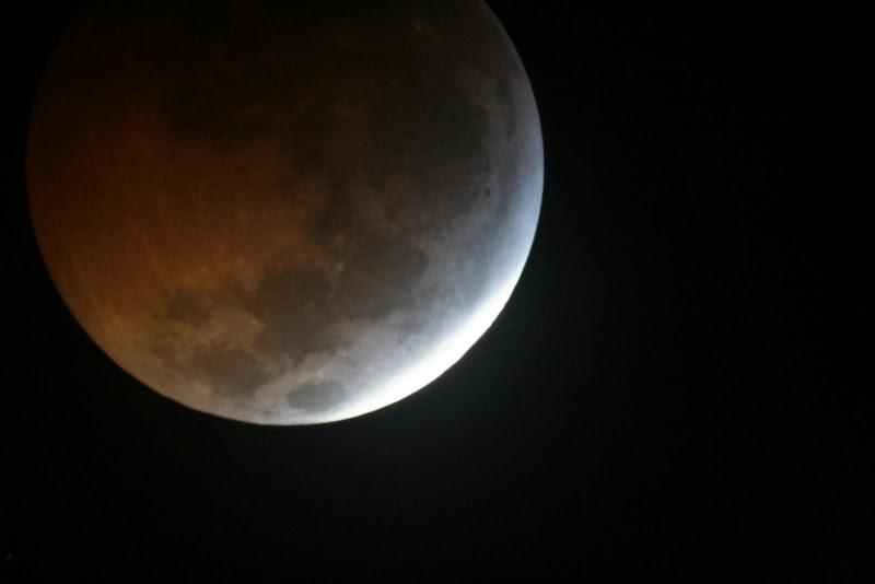 Moon (Lunar Eclipse)