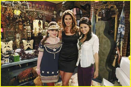 selena-gomez-cindy-crawford-wizards-01