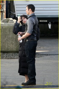 new-moon-cast-on-set-03