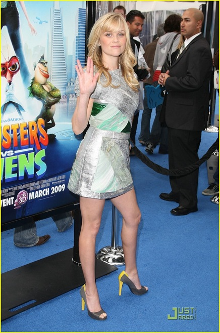 reese-witherspoon-monster-aliens-la-premiere-04