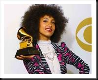Esperanza Spalding levou o troféu de Revelação