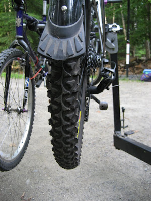 Fat rear tire borrowed from my wifes old mountain bike