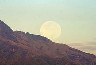 bulan diatas wilis 2