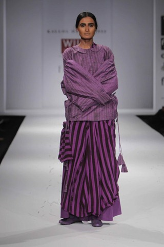 [WIFW SS 2011 collection bby Kallol Datta 1955  6[5].jpg]