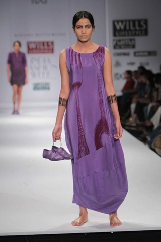 [WIFW SS 2011 collection bby Kallol Datta 1955 [5].jpg]