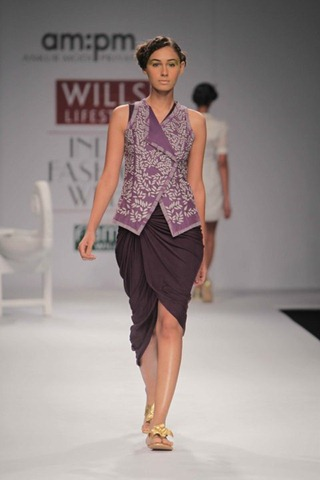 [WIFW SS 2011  am. pm by Ankur & Priyanka Modi (4)[4].jpg]